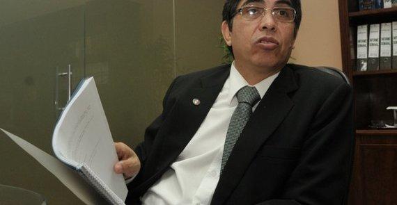 Sponsored_senado_insta_diputados_iniciar_tramites_juicio_politico_al_contralor.jpg