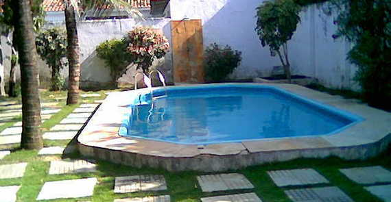 Sponsored_piscina.jpg