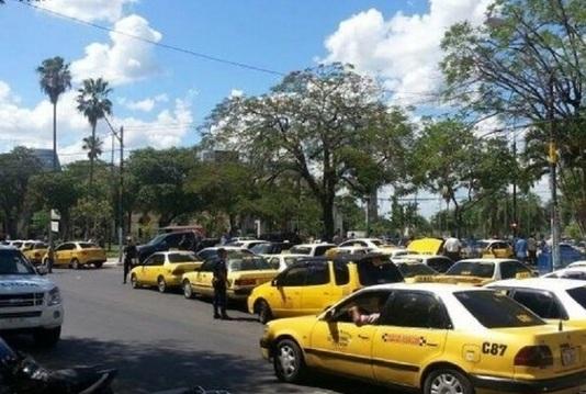Single_full_taxis.jpg