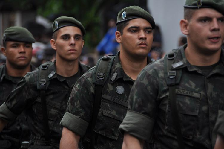 Despliegue militar por el Bicentenario  [Paraguay]
