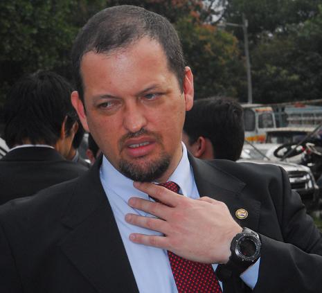 Luis Rojas confirma participación de presidente bancario en operativo contra el EPP