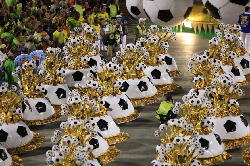 Resultado de imagen de carnaval futbol