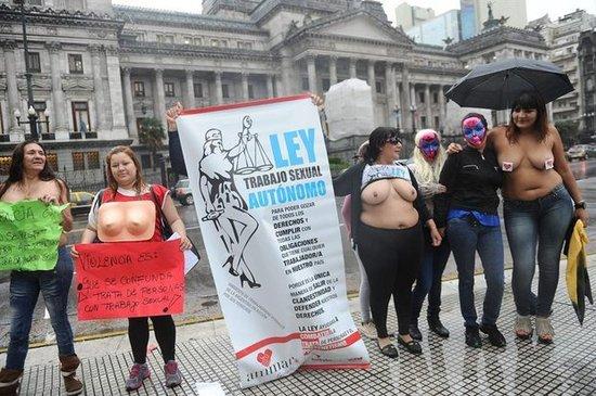 putas en paraguay prostitutas birmania