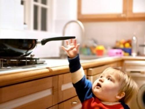 El 70 de las v ctimas de quemaduras son ni os for Safety around the house