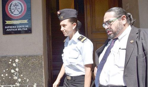Juzgado falla a favor de madre militar para que no vaya a la c rcel for Juzgado togado militar