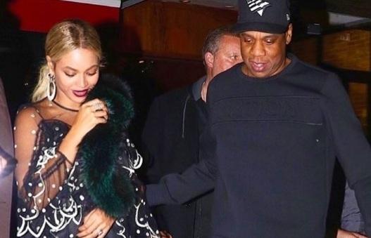 Gemelos de Beyoncé continúan en el hospital por problemas de salud