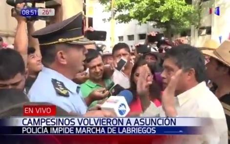 Agricultores paraguayos vuelven a Asunción y amenazan con acampar de manera indefinida