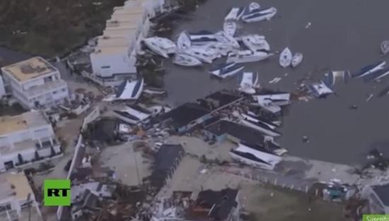 El huracán Irma arrasa con famoso aeropuerto del Caribe