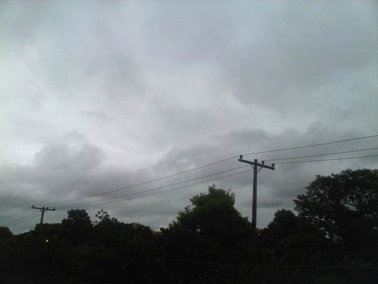 Alertan por fuertes vientos en la Comarca